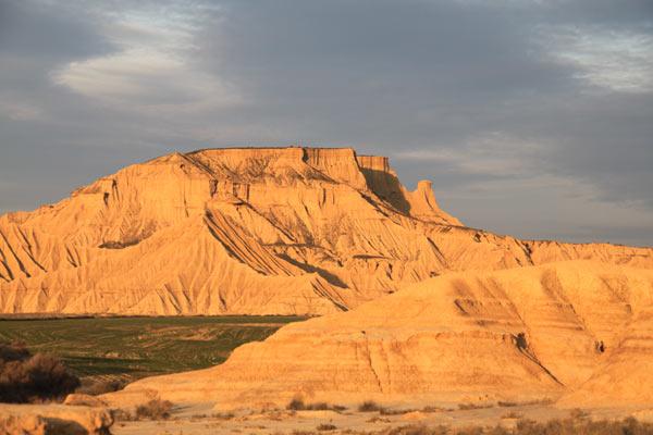 le deuxième plus grand désert d'Europe, un plateau de cinéma à ciel ouvert, le désert des Bardenas, tournage de film dans les bardenas reales, spot de publicité dans le désert, tournage