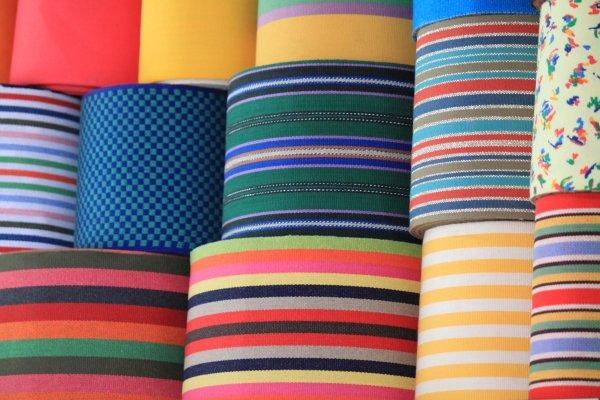 bobine de ruban -ribbon spool-espadrilles-artisants-artisanat-basque crafts