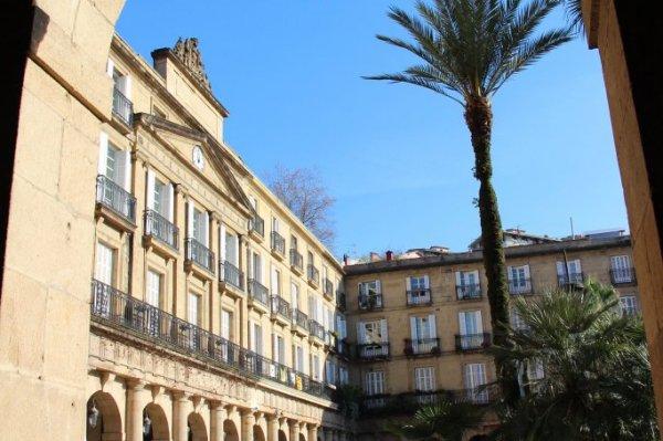 plaza nueva de Bilbao, quartier historique de Bilbao, Bilboko auzo historikoa, El distrito histórico de Bilbao,Bilbao's historic district